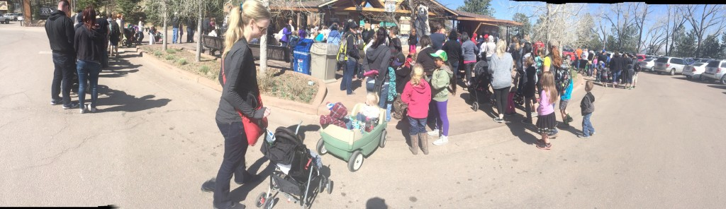 Line at the Cheyenne Mountain Zoo